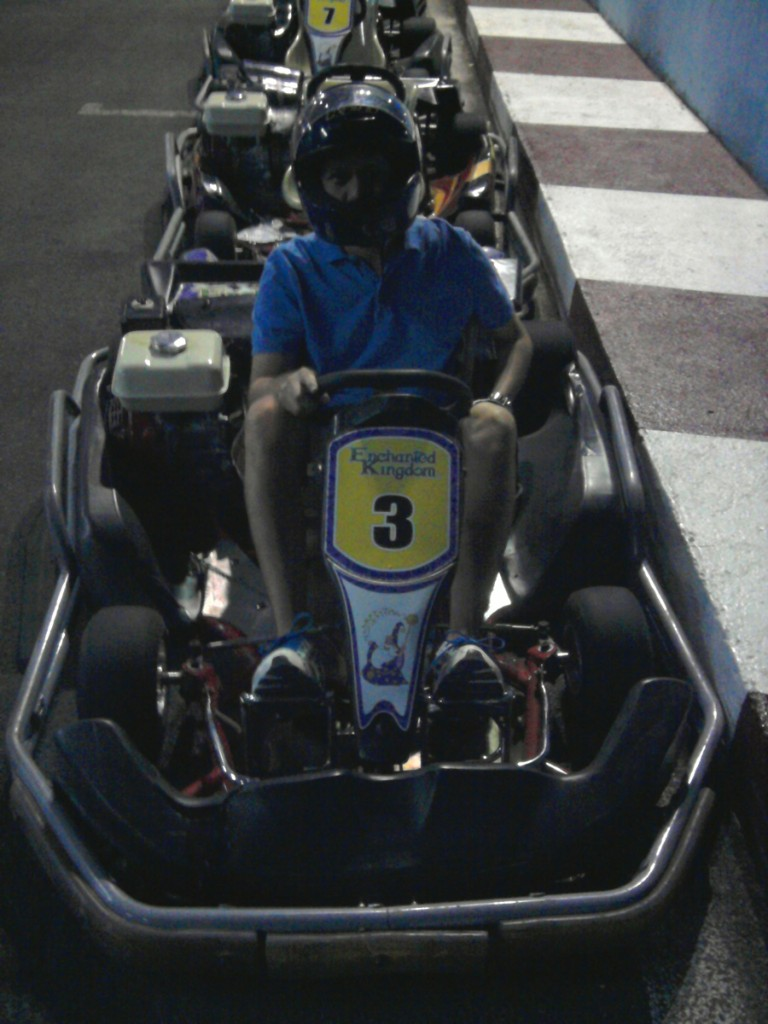 Oh, I really didn't mind being left out of Rialto because I had other evil plans—go kart! Went solo, of course. Definitely the highlight of my day (along with EKstreme!)